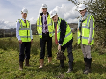 WEB 1 Taylor Wimpey  South Sebastopol Sod Cutting